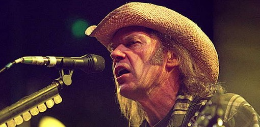 Neil Young Extended Rebel Content Tour to Fall 2015