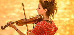 Lindsey Stirling Kicks off North American 2013 Tour in February