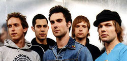Maroon 5 Tours North America in 2013 with Neon Trees and Owl City